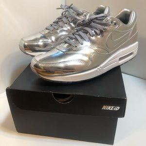 Nike iD Metallic Silver Airmax 1